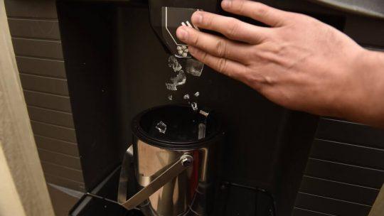 L'entretien d'une machine à glaçons: une étape capitale pour son fonctionnement