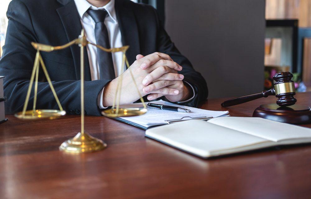 Appeler un avocat : quand c'est obligatoire